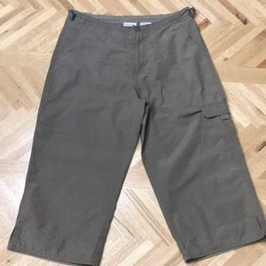 Columbia Hiking and Trail Capri Pants Small